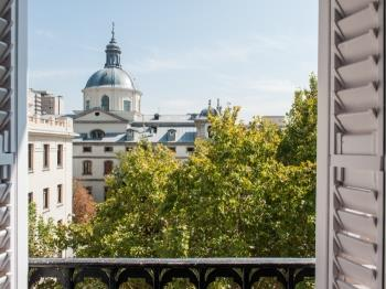 Las Salesas Square Chueca - Apartment in Madrid